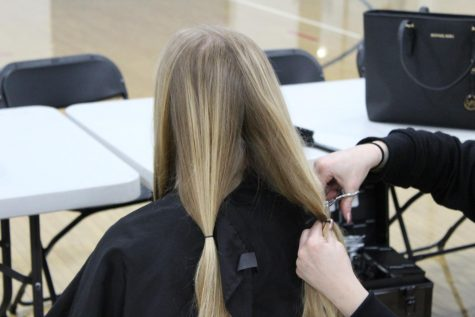 Pali Students Donate Hair to Make a Difference
